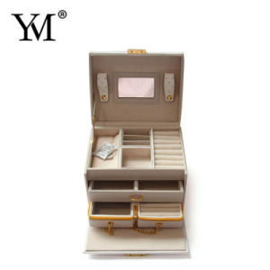 Protective Good Quality OEM Portable Jewelry Display Case pictures & photos