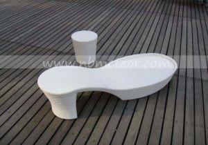 Mtc-402 High Quality Outdoor Furniture Garden Patio Rattan Chaise Beach Sun Lounger pictures & photos