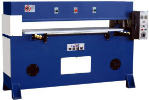 Precision Hydraulic Four-Column Plane Sponge Cutting Machine pictures & photos