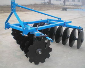 Medium Mounted Disc Harrow (1BJX series) pictures & photos