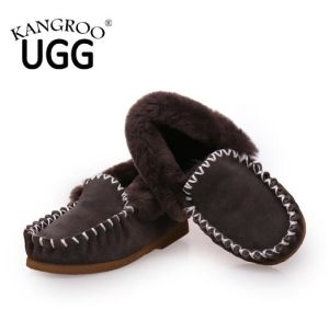 Classic Australian Sheepskin Moccasin Men Casual Shoes in Grey pictures & photos