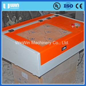 Lm4040e Desktop Mini CNC Laser Cutting Engraving Machine with Price pictures & photos