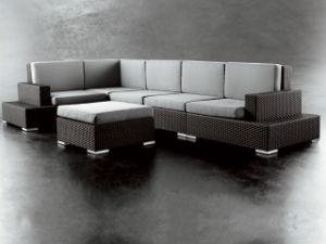 Modern Design PE Rattan Furniture - Dining Table Set (LG-620510)