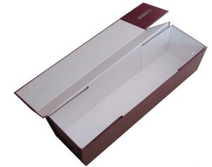 Rigid Paper Wine Packing Carrier Box with Magnet Closure pictures & photos