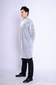 Nonwoven Disposable Unisex Lab Coats/Vistor Gowns SMS Made pictures & photos