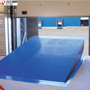 New Design High Quality Hydraulic Dock Leveler for Forklift Container pictures & photos