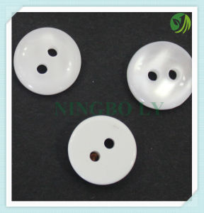 High Quality Resin Shirt Button 2-Holes pictures & photos