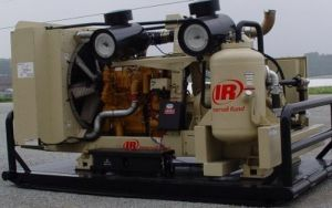 Ingersoll Rand/ Doosan Portable Screw Compressor, Compressor, Air Compressor (XHP1170WCAT) pictures & photos