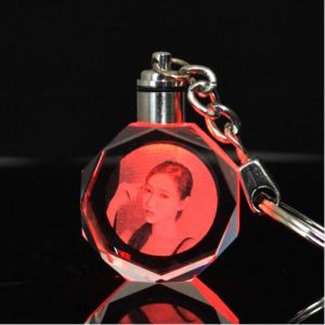 Custom Personalised Keyrings Engraved 3D Laser Photo Crystal Keychain for Gift pictures & photos