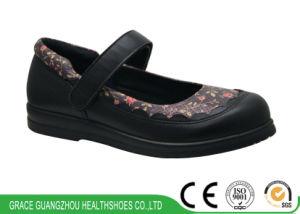 Grace Women Diabetic Shoes Casual Mary Jane Shoes pictures & photos