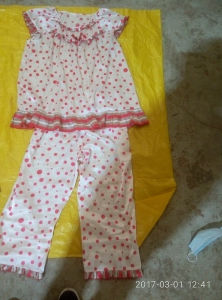 Wholesale Used Shoes and Clothes Lady Silk Night Gown Bulk Wholesale Used Clothing pictures & photos
