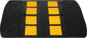 Superior Quality Druable Material Made in China Road Speed Hump pictures & photos