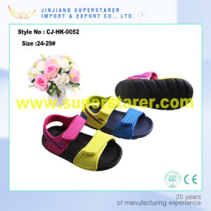 Funky Cute Eve Kids Sandals with PU Upper with Stick Strap pictures & photos