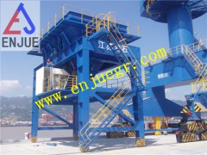Port Use Rubber Tyre Mobile Bulk Cargo Port Hopper Truck Loading Eco Hopper pictures & photos