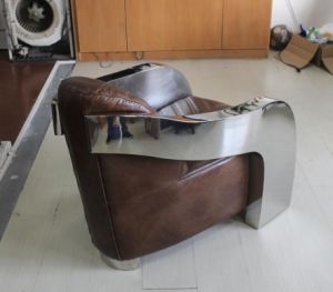 Classic Shiny Stainless Steel Armrest Brown Leather Chair pictures & photos