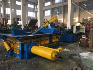 Y81f-160 Huake Hot Sale Safe Hydraulic Automatic Scrap Metal Baler pictures & photos