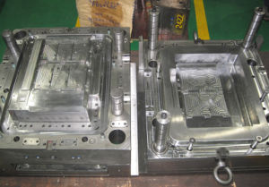 Air-Condition Plastic Cover Injection Mould pictures & photos