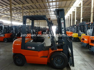 3t Heli Diesel Forklift with Isuzu or Mitsubishi Engine (CPCD30) pictures & photos