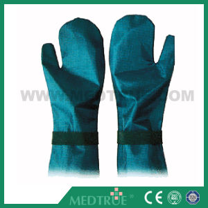 CE/ISO Approved Medical Hands Protective Lead Gloves (MT01003G20) pictures & photos