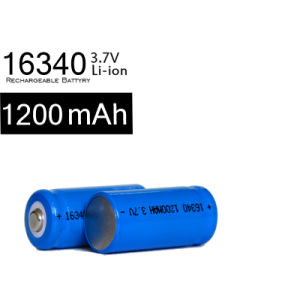 16340 3.7V 1200mAh Rechargeable Battery for Flashlight Laserpen pictures & photos