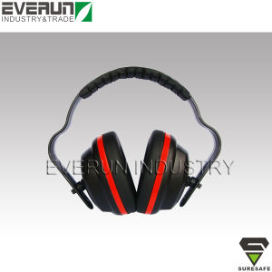 Ear Protectors Hearing Protection Shooting Ear Muffs pictures & photos