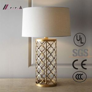 European Hotel Bedside Reading /Book Light Table Lamp, Antique Brass Carving LED Lighting pictures & photos