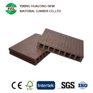 Anti-UV Wood Plastic Composite Garden Decking (HLM18) pictures & photos