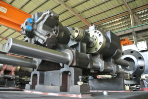 420ton Variable Pump Injection Molding Machine pictures & photos