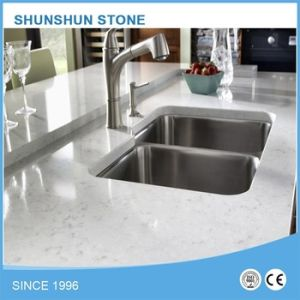 White Sparkle Star Artificial Stone Kitchen Quartz Countertop pictures & photos