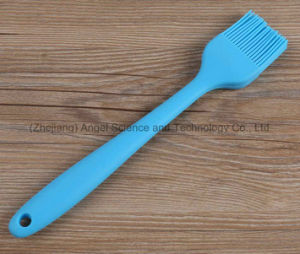 Holiday Sale Food Grade Silicone Kitchen Brush for Cooking Sb07 (L) pictures & photos