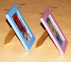 Wholesale Colorful Painting Wooden Picture Frames pictures & photos