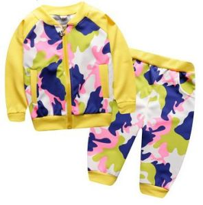 Leisure Fashion Track Suit Sweatshirt Hoodies in Children Clothes for Sport Wear Swg-125 pictures & photos