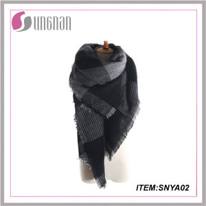 Yiwu New Arrival Print Tartan Scarf Pashmina Scarf Cashmere Scarf pictures & photos