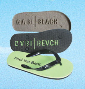 Promotional Flip Flip Slippers with Customer′s Debossed Logo pictures & photos