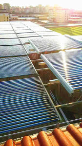 Central Heating Type Heatpipe High Pressure Solar Water Heater pictures & photos