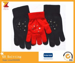 Colourful Women′s Touch Gloves with Diamond pictures & photos