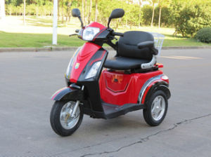 Very Hot Sale 3 Wheel Electric Scooter for Elders and Handicapped People pictures & photos