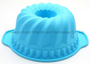 "Hot Sale 9"" Round Cake Mould Silicone Bakeware Sc57 pictures & photos"