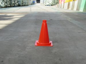Wholesale Traffic Cones for Road and Construction Use pictures & photos