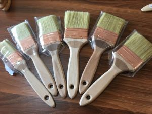 White Bristle Paint Brush with Wooden Handle pictures & photos