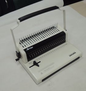 Comb Binding Machine (U568) pictures & photos