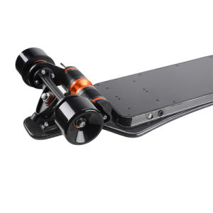 2 Motor Smart Hoverboard Carbon Fiber Boosted Electric Skateboard (SZESK005) pictures & photos