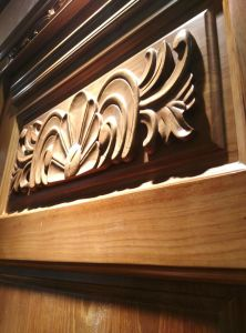 Solid Wood Door for Entrance or Interior (DS-021) pictures & photos