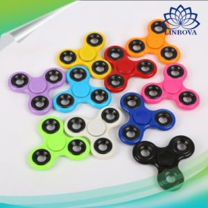 Bearing Shaft 3 to 4 Mins Spinning Time Hand Spinner Toy Finger Spinner Tri Anti Stress Fidget Spinner pictures & photos