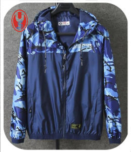 2017 Men′s Lightweight Style Spring Camouflage Match Jacket pictures & photos