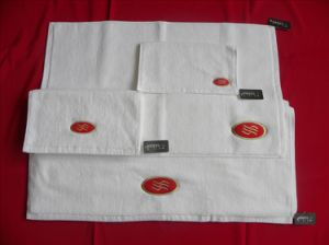 Hotel Towel (SDF A011) pictures & photos