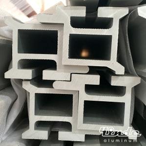 Aluminium Extrusion/Anodized Aluminum Profile pictures & photos