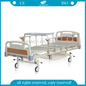 AG-Bys108 CE&ISO Approved Adjustable Hospital Bed pictures & photos