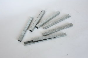 Industrial Wire Staple (95 Series) pictures & photos