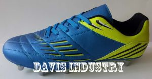 Most Popular New Design Soccer Boots pictures & photos
